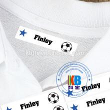Imprimante d'étiquettes à code-barres uniforme en uniforme de soins infirmiers en milieu scolaire