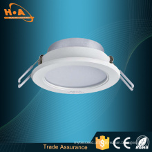 Carcaça do diodo emissor de luz Downlight do plástico térmico de alta potência