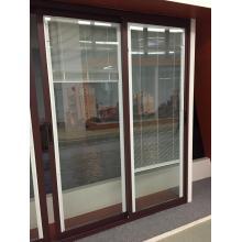 Puertas con vidrio simple y anodizado con perfil cubierto polvo de negro