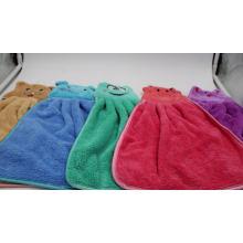 atacado personalizado colorido microfibra coral fleece toalha dos desenhos animados animal pendurado toalha de mão com logotipo