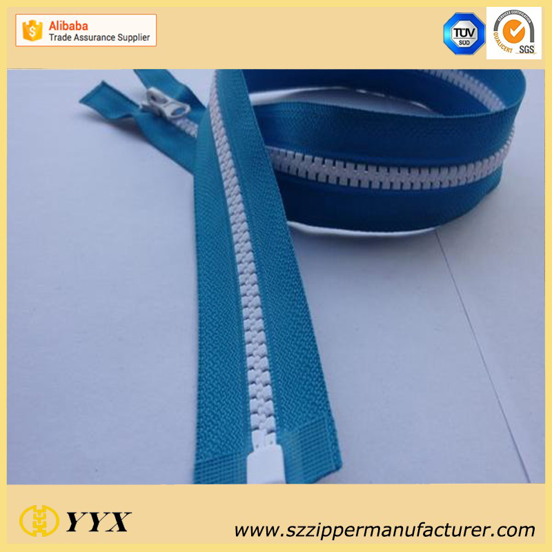 No.5 Plastic Molded Zipper