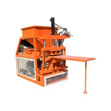 Maquinário para fabricação de tijolos pequenos de solo argiloso