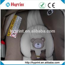 Étiquettes personnalisées sur siège auto protégé contre les infiltrations des étiquettes
