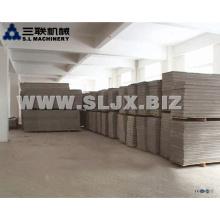 Sandwich-leichte isolierte Wand-Verkleidung-Maschine / China-Eps-Beton-Sandwich-Wand-Verkleidungs-Maschine