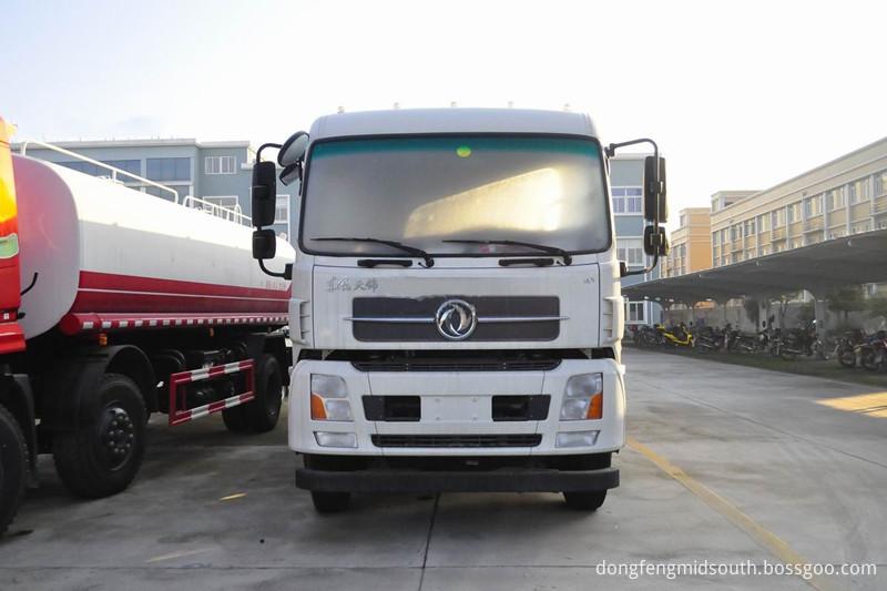 Fuel Tanker Truck 35