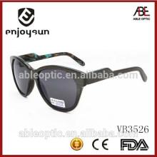 Gafas de sol de encargo de la manera de la insignia del estilo de la señora