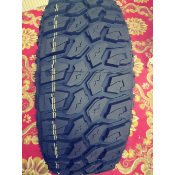 285 / 50R20 116XL PCR Tire