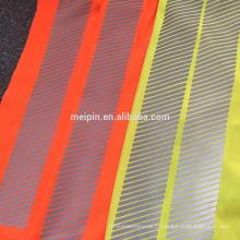 Gilet / T-shirt de réflexion de sécurité de visibilité élevée avec la garniture segmentée réfléchissante de vinyle de transfert de chaleur
