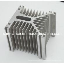 Алюминиевая / алюминиевая экструзия для радиатора радиатора LED