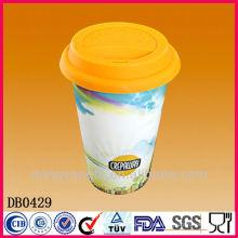 Caneca de viagem de café de parede dupla com tampa de silicone, caneca de cerâmica com alça