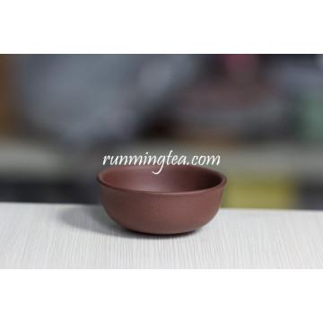 Affiner la tasse de thé en forme de coeur faite à la main