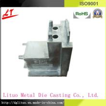 Alta qualidade com liga de alumínio da faculdade de Renowed Die Casting peças do conector da mobília