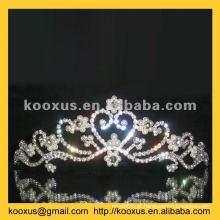 Partido tiaras e coroas