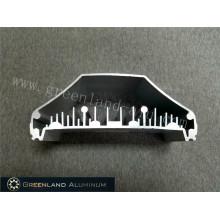 Große Aluminiumprofile für Kühlkörper verwendet