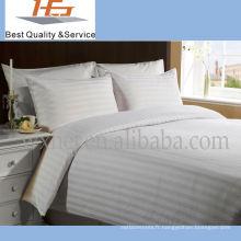 Literie blanche de polyester de maison de bande de haute qualité pour la maison et l'hôtel