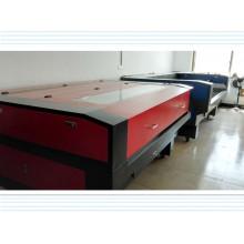 Machine de découpe et de gravure laser avec haute vitesse automatique
