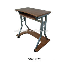Mesa de laptop móveis em madeira com moldura de metal