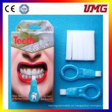 Kit de Cuidado Bucal Magic Teeth Whitening Kit