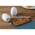 Heißer Verkauf runde Form weiße Farbe Küche Keramik-Cruet-Set mit Bambus-Rack
