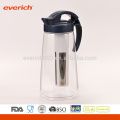 1L Wholesale Drinkware Jarro de plástico colorido transparente com infusor S / S