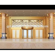 Puerta giratoria del hotel