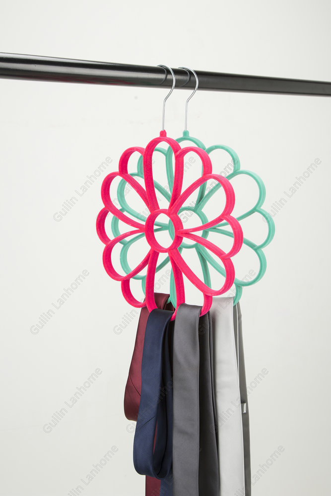 With ABS Plastic Flower Velvet Hanger