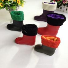 Barato Transparente PVC jardim Rain Boot para crianças, Boot com forro mais quente