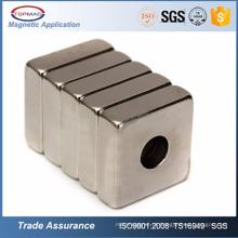 N52 Neodymium Square / Ring com parafuso Hole Neodymium Magnet