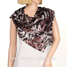 Moda feminina nova impressão grande leopardo poliéster triângulo cachecol xaile