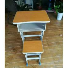 Schulmöbel Metall Schüler Schreibtisch mit Stühlen