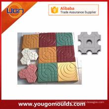 Различные конструкции пластиковых бетонных форм для брусчатки