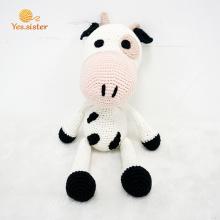 Nuevo diseño hecho a mano Crochet Cow Doll Baby Toy