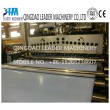 Máquina expulsando da placa química plástica da espuma de 0.65g / cm3 PP