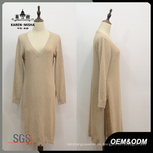 Suéter largo con abertura lateral y cuello en V para mujer
