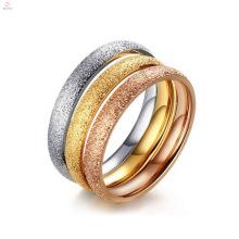 Alianças de casamento de aço inoxidável liso da beleza para senhoras