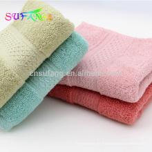 Toalla de baño del bebé de la fibra de bambú del color sólido barato de la venta caliente