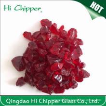 Chips de verre rouge foncé écrasés