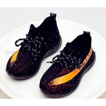 OEM Fashion Kids Children Flyknit LED Sole Sport Shoes