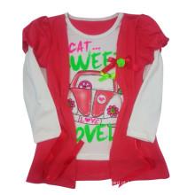 O t-shirt das crianças agradáveis da menina no desgaste das crianças