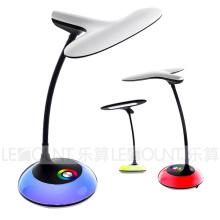 Lampe de table LED élégante avec fonction de gradation à 3 niveaux (LTB795)