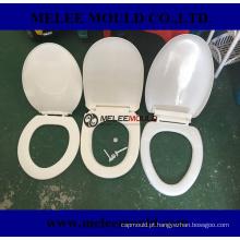 Molde plástico do assento de toalete com fácil e mude a dobradiça