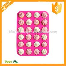 Fácil de limpiar 24 taza de silicona de tamaño pequeño muffin de silicona Pan