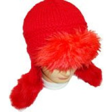 Sombrero de punto de invierno con piel