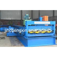 Máquina formadora de paneles de contenedores