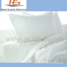 High Quality Wholesale White Plain Home Cotton King Size Quilt