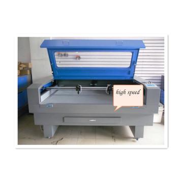 Máquina de grabado y corte láser CNC a buen precio