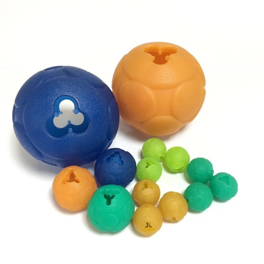 Jouet distributeur de friandises durables Percell Medium + Buddy Ball