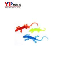Brinquedos plásticos feitos forma do geco feito sob encomenda, modelagem por injecção plástica dos brinquedos educativos plásticos / trabalho feito com ferramentas