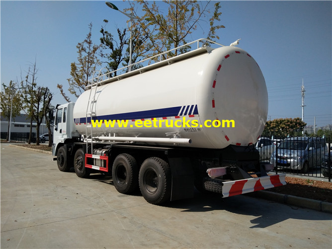 Dry Pneumatic Tanker Trucks