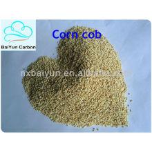 Espiga de milho utilizada para remover graxa